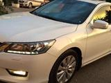 Honda Accord, 2013, с пробегом 27400 км.
